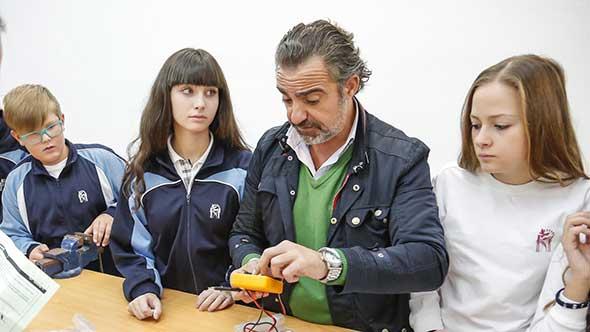 fundacion_profesor_y_alumnos